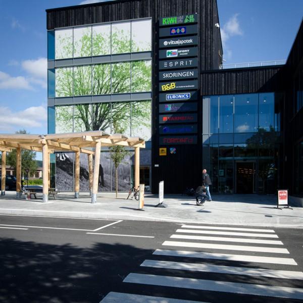 Parken-Kjøpesenter-Inngangsparti