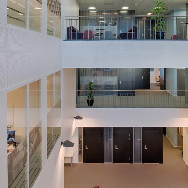møteromsavdelinger tilknyttet atrium